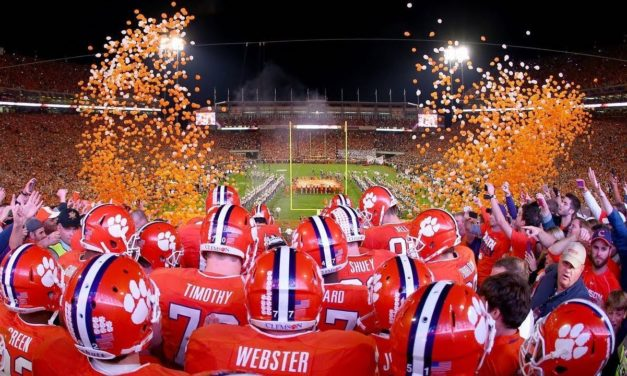 Should College Football Be Played This Fall: Both Sides Of the Story
