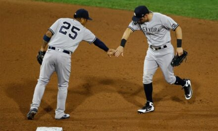 Yankees Split Series Against Philadelphia