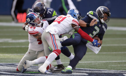 Giants Upset Seattle in a Great Team Win
