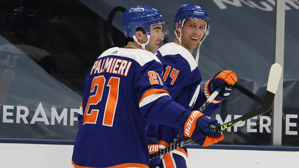 The Islanders Need More From Kyle Palmieri and Travis Zajac